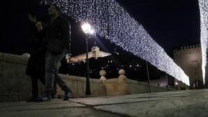 Toledo, espectacular, ilumina su Navidad