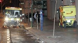 El Ayuntamiento de Madrid baldea las calles para rebajar la contaminación