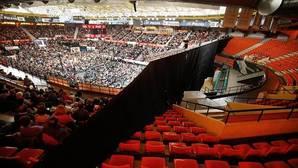 Pablo Iglesias agota las entradas en el pabellón que no pudo llenar Pedro Sánchez en Valencia