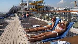 Aumentan un 128% los cruceristas en el puerto de Alicante