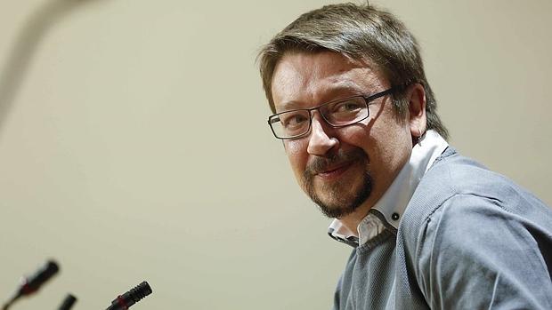 El portavoz de En Comú Podem: «El referéndum es una propuesta que tiene que debatirse»