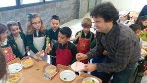 Pepe Rodríguez, de Masterchef, enseña a los niños a comer de manera saludable