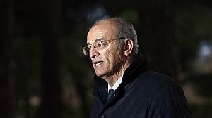 Así es Pedro Corral, el edil del PP que sacó los colores a Carmena por la Ley de la Memoria Histórica