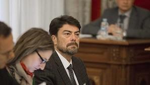 Barcala apremia al alcalde de Alicante a que actúe en los colegios con «riesgo» para los niños