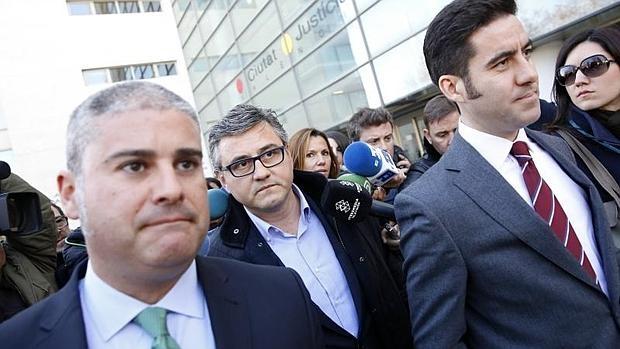 El concejal Cristóbal Grau llega al juzgado para declarar como investigado