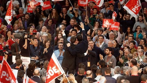 Mitin del líder del PSOE, Pedro Sánchez, en Valencia en diciembre