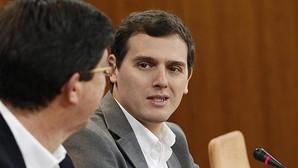 Ciudadanos sigue la estela de Pedro Sánchez y acusa a Rajoy de no ser «honesto»