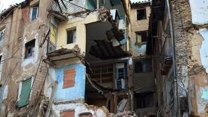 Se derrumba un edificio abandonado en Calatayud sin causar víctimas