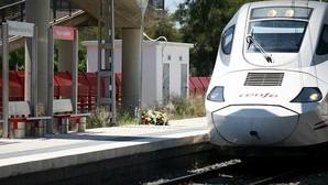 Descarrila un Euromed en Tarragona sin causar heridos al chocar contra piedra