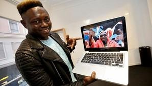 El youtuber que llegó en patera: «Ahora sé que no hay nada imposible»