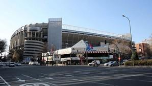 Carmena ofrece al Real Madrid cambiar el uso del suelo a la Esquina para construir su hotel de lujo