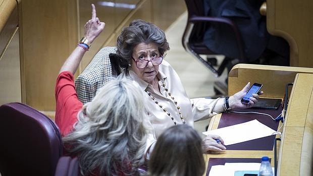 Rita Barberá, en su escaño del Senado