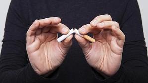 Sanidad quiere volver a financiar los fármacos para dejar de fumar