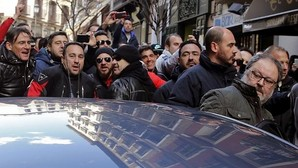 El Ayuntamiento aviva la guerra contra sus policías tras la imputación de Barbero