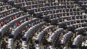 La Eurocámara rechaza traducir documentos del programa Erasmus al catalán y al euskera