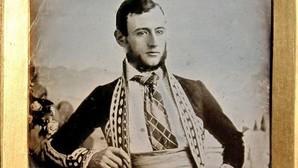 El misterioso personaje de la foto más antigua de España