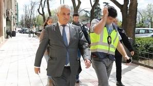 El líder de Ausbanc pidió una noticia «breve pero con una hostia» al BBVA