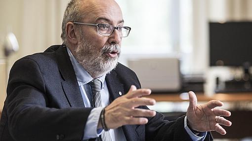 Manuel Alcaraz, en un momento de la entrevista