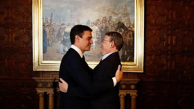 Imagen de Ximo Puig y Pedro Sánchez tomada este jueves en Valencia