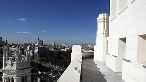 Carmena pone un huerto en la terraza del Ayuntamiento de Madrid para los concejales