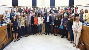 La Diputación toma la iniciativa en política social para compensar los «decretazos» del Consell