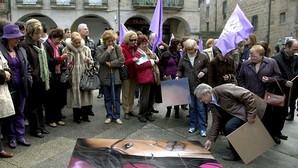 El Parlamento pone en marcha una renta para víctimas de malos tratos