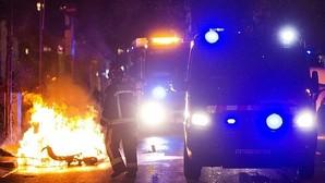 Otro estallido de violencia «okupa» en Barcelona deja 11 heridos y cuestiona la gestión de Colau