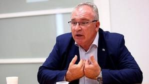 Alfonso Sánchez: «El día que aquí no se haga lo que ETA quiera, volverá a las armas»