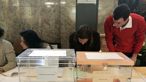 Críticos del PP piden ofrecer algo más que una opción «elegida por descarte»
