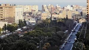 Una rotonda que absorbe el ruido del tráfico en Valencia