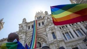 Carmena obliga a pagar por primera vez a los organizadores del Orgullo Gay una multa por ruido