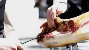 Se cortarán cien jamones a mano para batir otro récord Guiness en Toledo