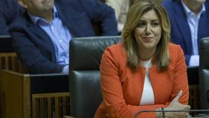 La Junta de Andalucía, de acusadora en el caso ERE a defensora de Chaves y Griñán
