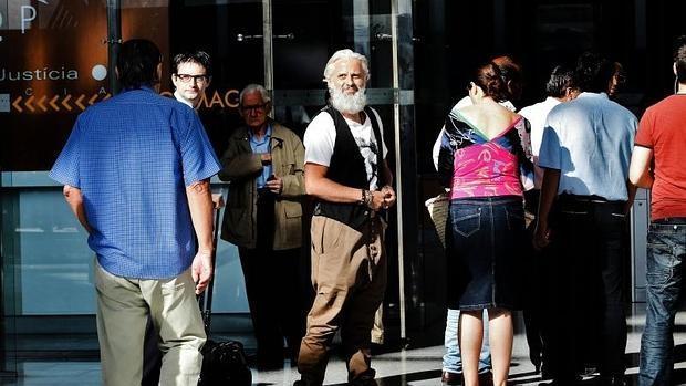 El exgerente de Imelsa Marcos Benavent, en la entrada a los juzgados de Valencia