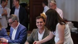 Rivera descarta la vía Sánchez: o coalición o Gobierno del «partido que ha ganado las elecciones»