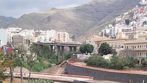 El cuerpo descuartizado encontrado en Tenerife es de una mujer y conserva restos de pelo