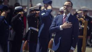 James Costos, diplomacia a corazón abierto