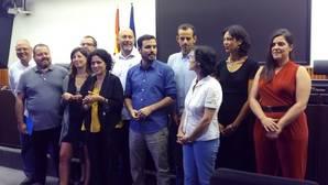 Izquierda Unida presenta a los ocho diputados y los dos senadores que formarán su equipo institucional