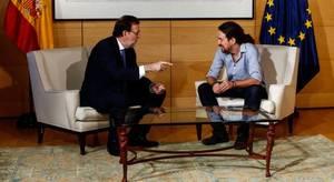 Iglesias reclama el liderazgo de la oposición si el PSOE termina absteniéndose ante Rajoy