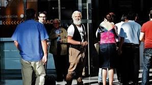 El juez imputa a Rus y a otras 11 personas por la adjudicación del «Call Center» de la Diputación de Valencia