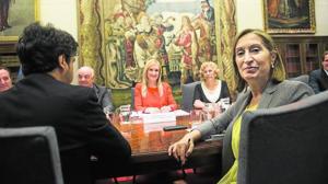 El bloqueo de Carmena podría costar más de 820 millones a los madrileños