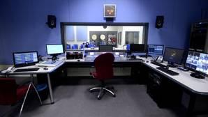 Carmena saca a concurso su radio en pleno mes de agosto y durante 20 días