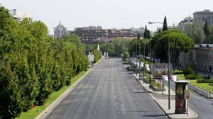 Las solitarias estampas de un Madrid en puente