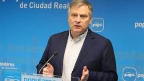 El PP pide igualdad en el sueldo de los diputados:«o cobran todos, o ninguno»