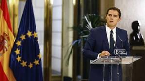 Rivera: «De estas 150 reformas, 100 las firmamos Pedro Sánchez y yo»