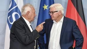Margallo aboga por controlar las relaciones exteriores de Gibraltar