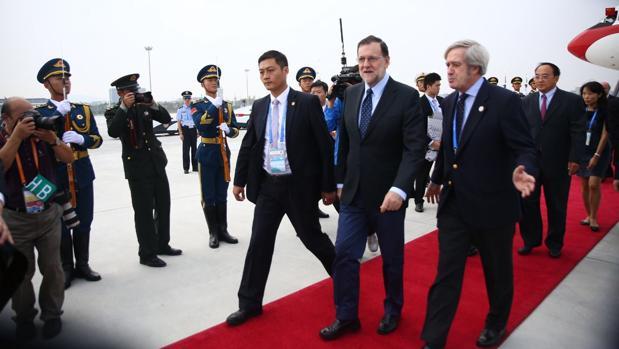 Mariano Rajoy, a su llegada a Hangzhou, en China, para asistir a la Cumbre del G20