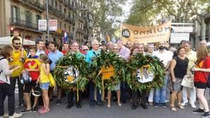 Entidades valencianas vinculadas a Òmnium fletan autobuses para nutrir la asistencia a la Diada