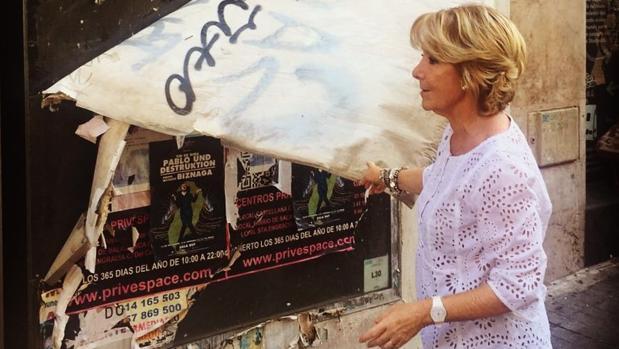 La portavoz del PP en el Ayuntamiento de Madrid, Esperanza Aguirre, denuncia el deterioro