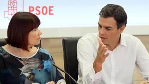 Sánchez inicia una ronda de diálogo con los otros partidos pero no será alternativa